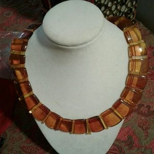 Jewelry - Amber lucite collar necklace